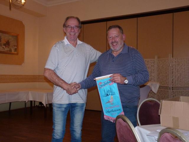 Harrie und Roy Arbeider gewinnen Araberband.